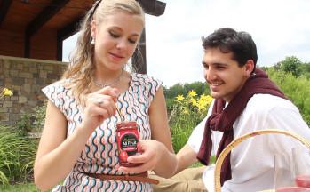 Polander picnic commercial